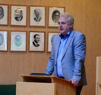 STØRRE ANSVAR: Ordførar Jan Geir Solheim (Sp) fortel kommunen er utfordra på å ta eit større ansvar berre dei siste vekene.