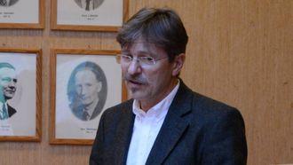 – BRUK OSS: Oppmoda rådmann Alf Olsen jr. dei nye folkevald om.