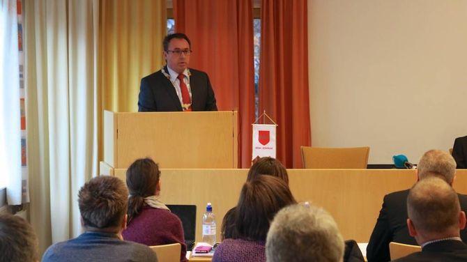 HELD FRAM: Arild Ingar Lægreid fekk fornya tillit som ordførar med elleve mot ti stemmer.
