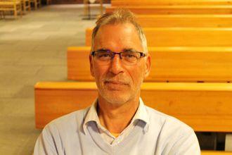 """FIN VEKE: Bert Brons konkluderer med at """"Kulturveke i Farnes kyrkje"""" har vore svært bra."""