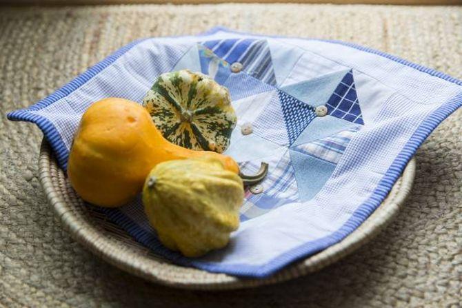 RESTEBRUK: Små restar kan brukast til ei lita brikke eller eit teppe.