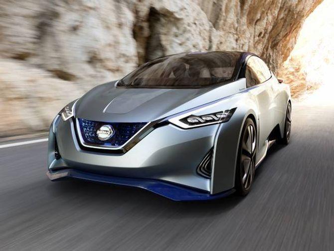 ELBIL: Nissan IDS er ein konseptbil som kan køyre autonomt. Nissan lover å ha autonome bilar i produksjon innan 2020.