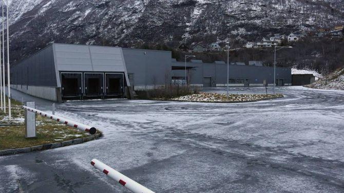 MOTTAK: Fylkesmannen i Sogn og Fjordane har fått i oppdrag å kartleggje tomme bygg som kan nyttast til mottak for flyktningar og asylsøkjarar. I den samanheng er Dooria-bygget aktuelt.