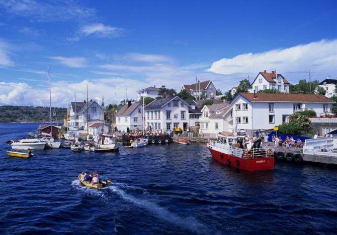 NOREGSFERIE: Lyngør kan du nå med rutebåt, og kan by på ekte sørlandsidyll.