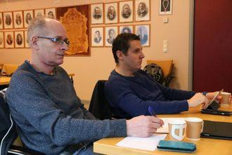 OMSTRUKTURERE: Knut Arne Klingenberg (H) etterlyser ei omstrukturering av næringsutviklinga i Årdal.