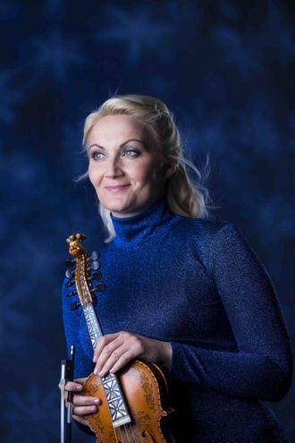 NY PLATE: Sigrid Moldestad byr på møte med gamle kjenningar og nye utgjevingar på ny plate.