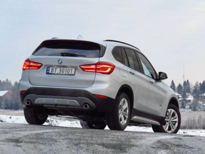 FRÅ X6: Baklysa minner veldig om dei du finn på den store og luksuriøse BMW X6.
