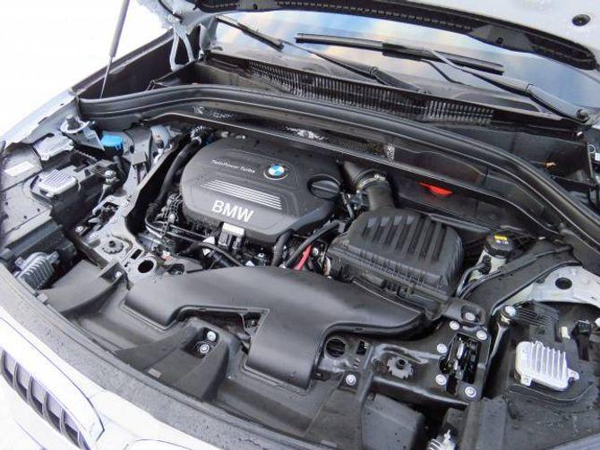 STERK: Den toliters store dieselmotoren er sterk med sine nesten 200 hestekrefter.