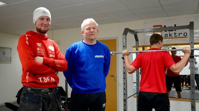 FÅR HALDE FRAM: Nye lokale og nytt namn; i midten av januar flyttar Gymloftet. DA. Tom Stian Nundal (f.v) og Kjell Olav Bjørkum, eig og driv treningsstudioet på Lærdalsøyri. Arkiv