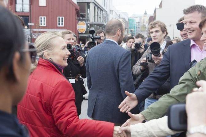KOMPENSERER: USAs utanriksminister og presidentkandidat Hillary Clinton er introvert, men er flink til å kompensere. Her i Tromsø i 2012.