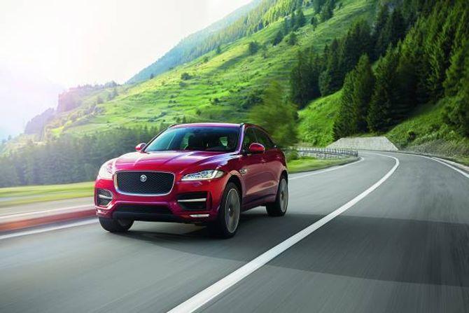 NOBEL: Jaguar F-Pace er ein av fleire nisjemodellar som kjem som SUV. Alfa Romeo og Maserati lanserer også SUV-ar i løpet av året.