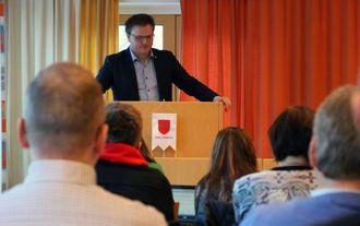 PROTOKOLLFØRT: Aleksander Øren Heen (Sp) ville ha det protokollført at Sp, V og H ikkje støtta klagen.