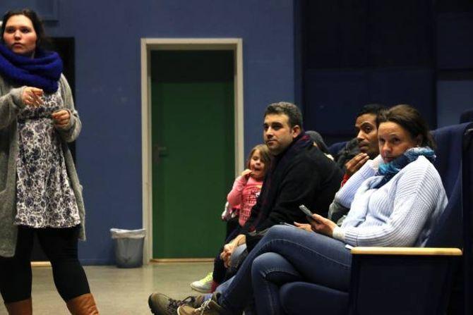 LÆRE AV ANDRE:Mohammed Shaham Dandashiser fram til bygdekvelden og gler seg til å lære av andre kulturar.