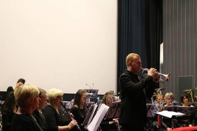 """MUSIKK: Ben Hirons var solist på musikkstrykket """"Facilita""""."""