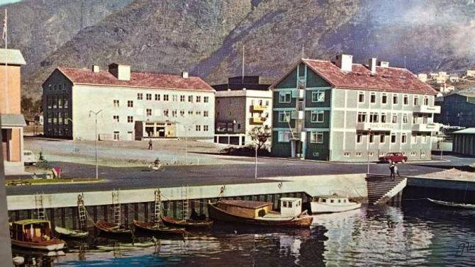 SOLID BYGG: Tangen Pensjonat er eit gamalt bygg som har stått lenge på Årdalstangen, men er i god forfatning.