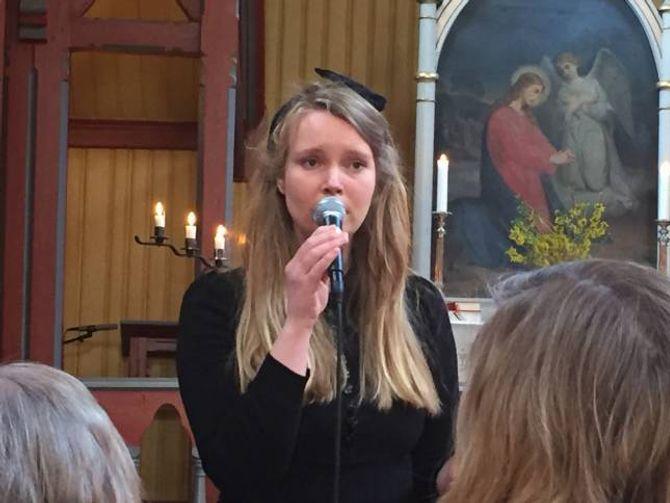 SONG: Dirigent Marita Vangen Bratteteig song også under laurdagens konsert.