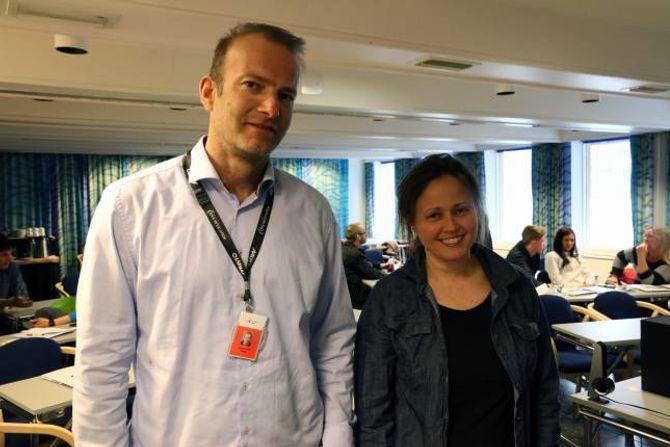 FORTALTE: Jørgen Berg og Ingrid Merete Øygard i Innovasjon Norge kom med gode tips til dei som deltok på kurset.