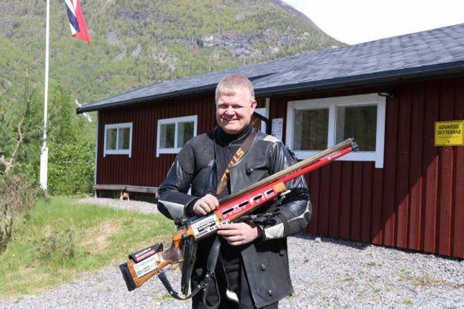 DÅRLEG DAG: John Olav Ågotnes fekk ikkje full pot under dagens skyting på Knipenborg.