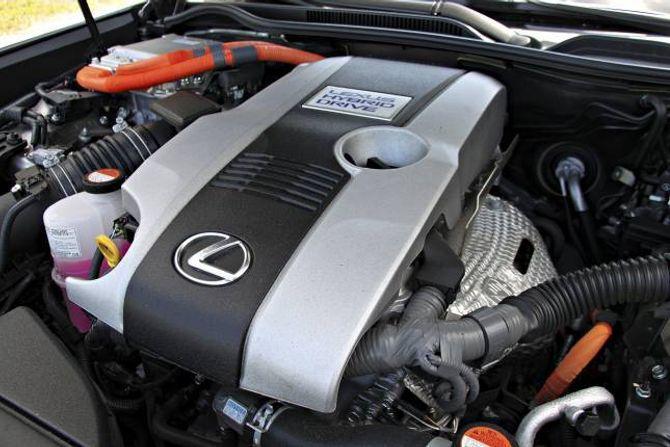 FULLHYBRID: Motoren bruker resirkulert eksosvarme, som skal redusere drivstofforbruk og utslepp.