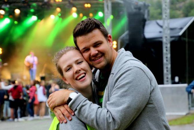 Nøgde: Maritha Skjerdal og Torgeir Skjerdal i arrangørkomiteen er svært nøgde med årets Jordeplerock.