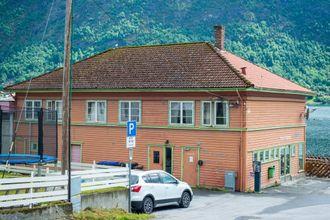EINEHERSKAR: Fjell- og Fjordsportsenteret leiger heile kaibygget og har store planar for korleis dei skal utvikle området vidare.