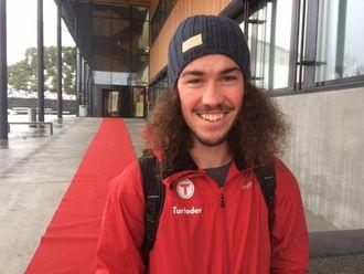 OPTIMIST: Student Tor Sverdrup Lilleeng har tru på at Sogndal skal greie å halde på særpreget òg i framtida.