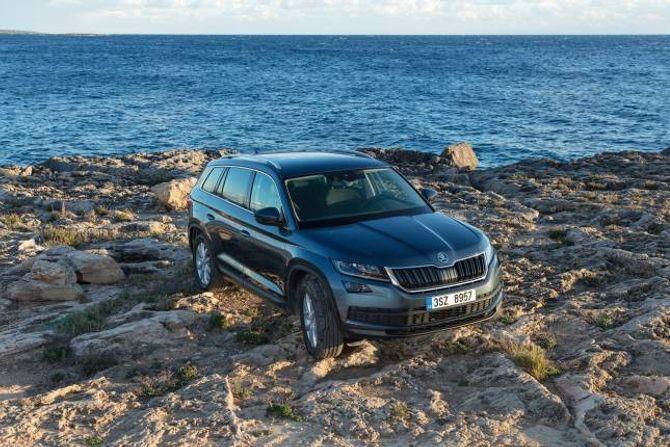 NYTT TERRENG: Skoda har aldri tidlegare vore ute med ein SUV på storleik med Kodiaq.