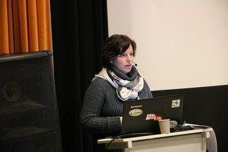 IKKJE SIKKERT:Julie E. Grimstad, seniorrådgjevar i Mattilsynet,understreka at det på langt nær er bestemt at stamma i Nordfjella vil bli sanert.