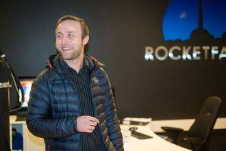 GRÜNDERAND: Halvor Gregusson i Rocketfarm trekker fram evna til å tenke stort som ein suksessfaktor i vesle Sogndal.