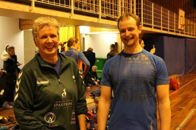KOMPETANSE: Ruth Laberg seier dette er noko idrettslaget har prøvd å få til lenge, og då Lars Kristian Fauske kom til bygda med sin kompetanse, lykkast dei endeleg.