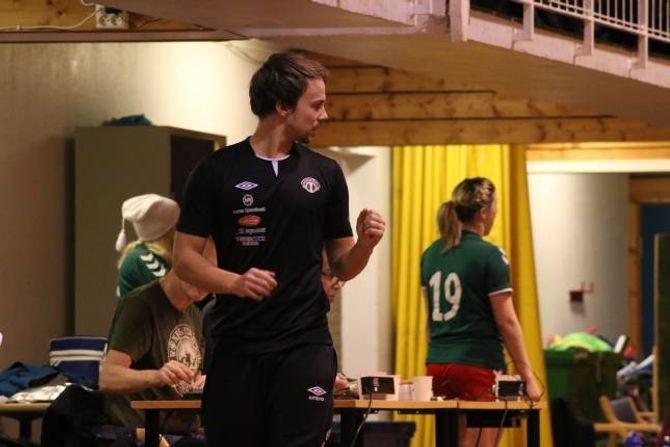VIKITIG: Sogndal-trenar Ole Kristian Gjerstad skildrar toppkampen som ein firepoengskamp, der siger var svært viktig.