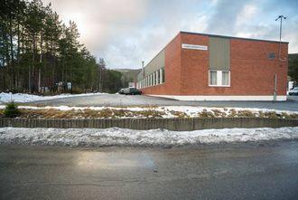 TO FLUGER: Transport og logistikk-linja til Sogndal vidaregåande skule treng ei oppgradering. Fylkeskommunen ser no på moglegheitene for ei samlokalisering med det framtidige vitensenteret.