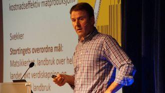STØTTE: Lars Petter Bartnes deltok på møtet. Han ønskjer seg ein breiare landsbrukspolitikk.