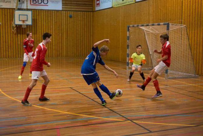 28 VIDARE: Totalt gjekk 28 lag frå indre Sogn vidare til sluttspelet på Sandane den første helga i mars.