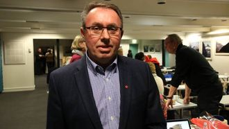 MÅ STÅ PÅ: Arild Ingar Lægreid konstaterer at kommunen hans må stå på for å bremse nedgangen i folketalet.