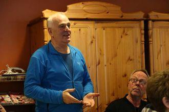 TEK OVER: Kjell Arvid Heen og Steinar Drægni er blant dei nye som skal styre eldresenteret inn i framtida.