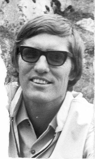 PÅDRIVAR: Her ein yngre Jan B. Paulsen, som var ein av pådrivarane for Folkevegen til Vetti. Foto lånt av Sogelaget.
