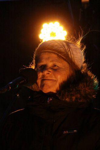 RØYST: Jorunn Barane las tekstar basert på norrøne forteljingar, huldresegner og eigen poesi.