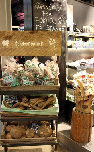 IKKJE FOR LOKALE:«Lokalmat» er ikkje for dei lokale, men for forbrukarar som kan og vil betala meir, går det fram av rapporten «Lokal mat for lokal utvikling». Her er produkt frå Bondens butikk i Oslo.