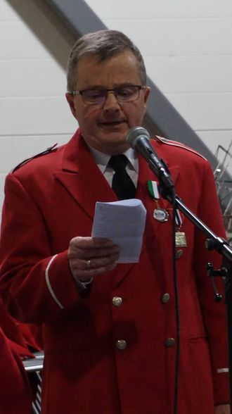 STOR KVELD: Arnstein Hauståker fekk både NMF sin fortenestemedalje og vart æresmedlem i korpset. Privat foto
