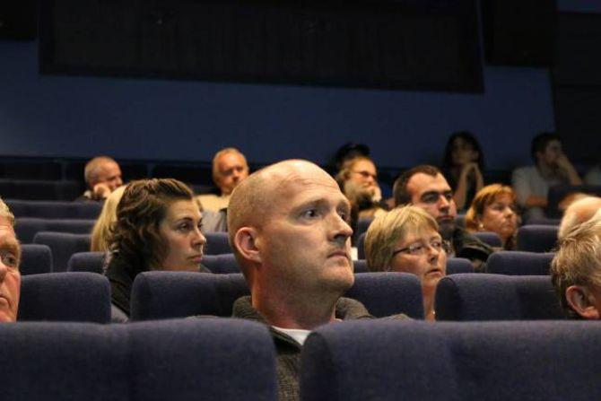 FOREINLEG: Anders Tønjum stilte seg undrande til at ønskjer om publikumsretta aktivitet og planar om pelletsfabrikk kan gå i hop.