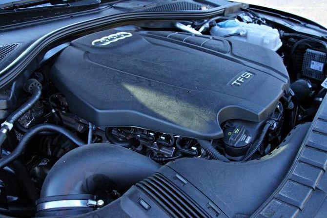 STOR NOK: 190 hestekrefter frå ein firesylindra motor er litt snauare enn forventa i ein slik bil, men det dug.