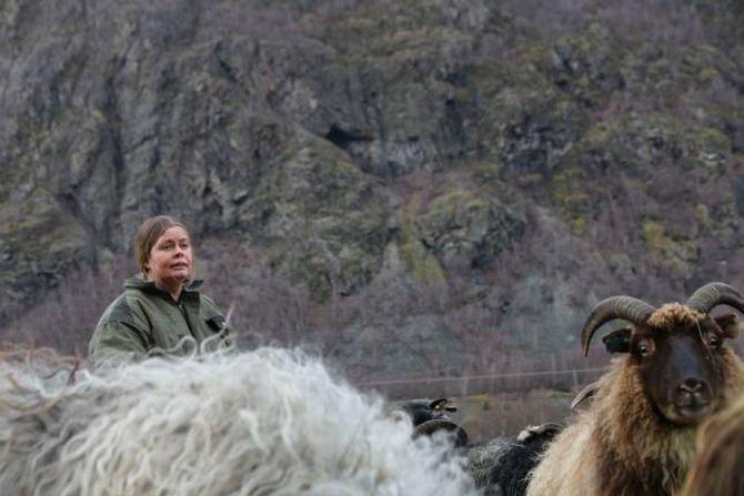 BEKYMRA: Gro Agnethe Nybø kjem til å ha hjarta i halsen når bergingsaksjonen skal utførast i helga.