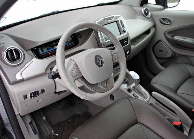 ENKELT: Interiøret er funksjonelt, laga i svært enkle material.