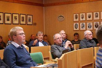 – LITT SKUFFA: Kristen Olav Grøttebø (sentralt i bakgrunnen).
