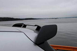 VENG: AMG-spoileren på hekken kostar 9000 kroner og får bilen til å likne på verstingen A45 AMG.