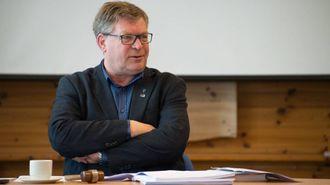 BEKLAGELEG: Ordførar i Aurland, Noralv Distad, tykkjer det er svært beklageleg at brygga i Gudvangen kollapsa.