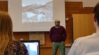 PROSJEKTLEIAR:- Me prøver å finna ut korleis ein kanbruka minihus strategisk, sa Ørjan Arntzen, leiar for minihusprosjektet til Lofoten Matpark