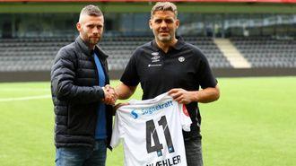 SYMBOLSK:Kjetil Wæhlerfår alderen som draktnummer.