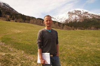 NØGD: Bondelagsleiar Anders Felde er glad for nyheita om at det er fleirtal på stortinget for å gje meir pengar til bøndene.